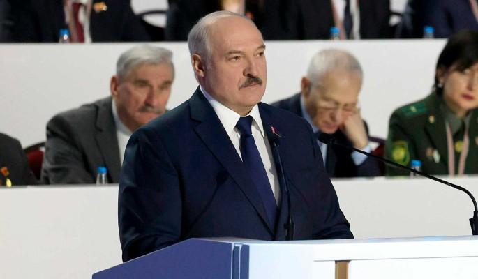 Научены горьким опытом: эксперт о нежелании Москвы поддерживать Лукашенко