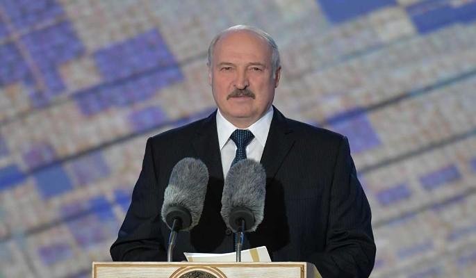 """Эксперт Удафович о причинах отставки сына Лукашенко с прежнего поста: Отказался действовать """"без тормозов"""""""
