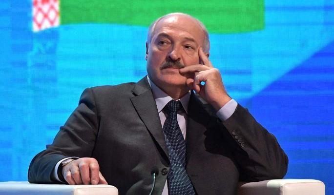"""Россия """"додавливает"""" Лукашенко в вопросах интеграции – обозреватель Алкснис"""