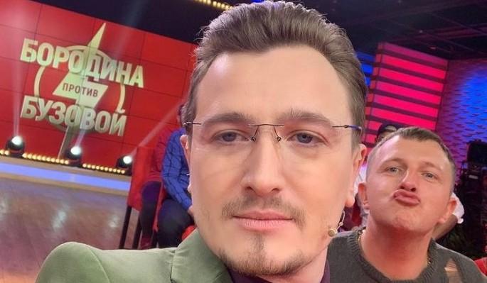"""Экс-ведущий """"Дома-2"""" Кадони прыснул ядом на слова Певцова о закрытии телестройки"""