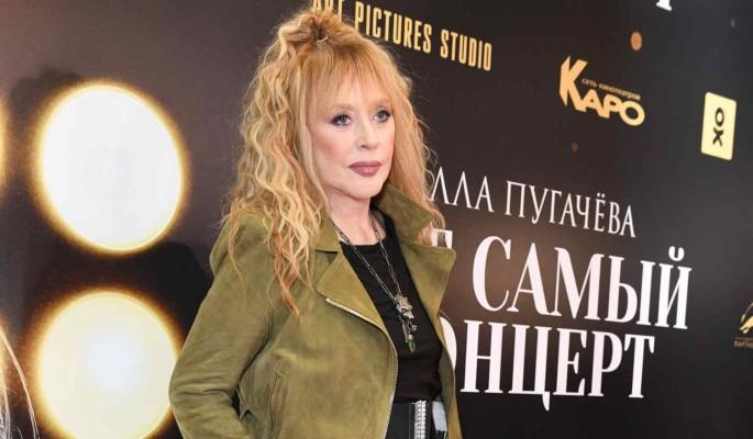 71-летняя Пугачева в откровенном наряде зажгла на вечеринке полуголой Ивлеевой