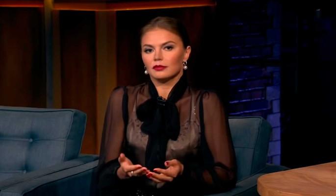 """""""Самое главное – семья"""": Кабаева дала откровенное интервью"""