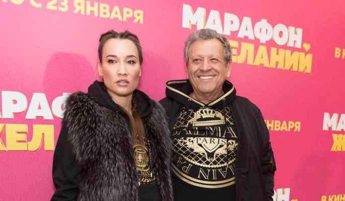 Страшно смотреть: убитую вдову Грачевского на руках вынесли с вечера памяти режиссера