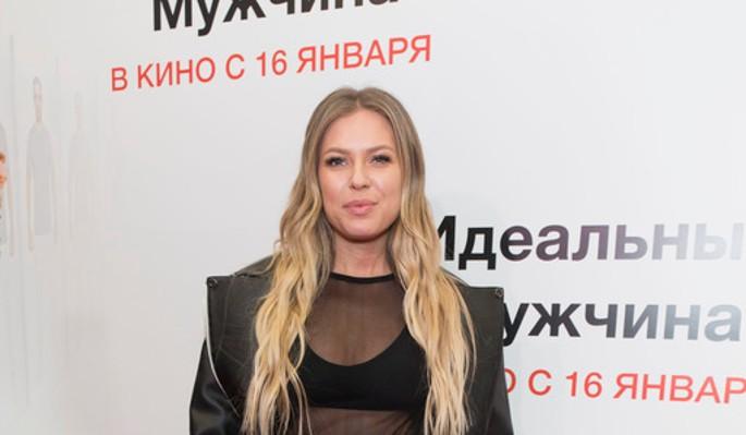 Не может отпустить: Дакота отчитала гуляющего Соколовского