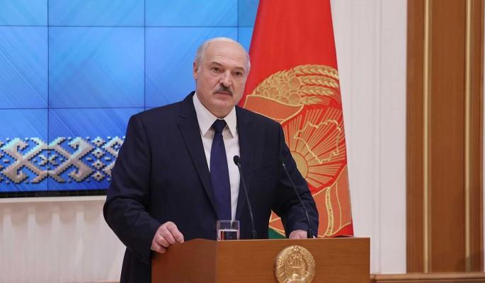 """""""Считать до трех не будем"""": Лукашенко решил жестко разобраться с вооруженной оппозицией"""