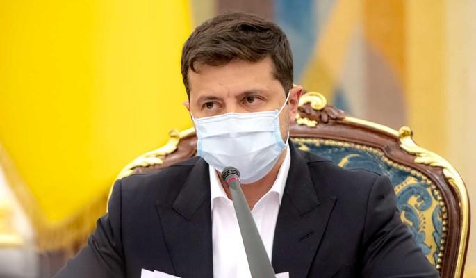 Экс-премьер Украины обратился к избирателям Зеленского: Пошевелите мозгами