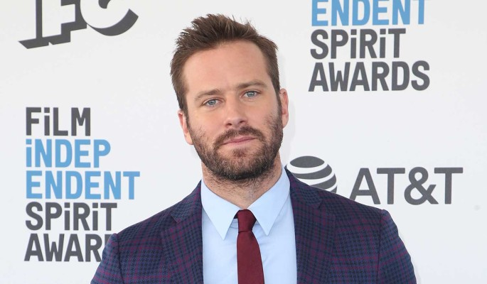 Как прокаженный: известный актер лишился последнего из-за скандала с изнасилованием и каннибализмом