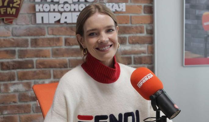 Заплаканная Водянова без макияжа взбудоражила публику