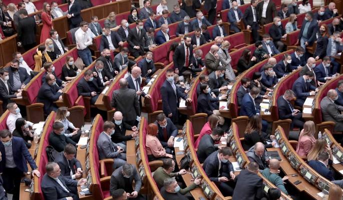 Депутат Рады Колесник заявила об угрозе войны Украины с Россией: Нужно сваливать из страны