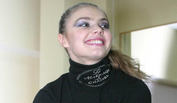 Обнародованы данные о доходах Алины Кабаевой