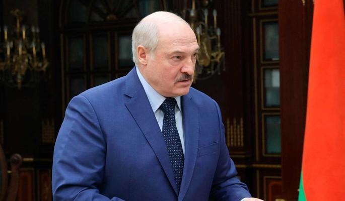Политолог Карбалевич об анонсе переговоров властей Белоруссии с оппозицией: Москва предупреждает Лукашенко