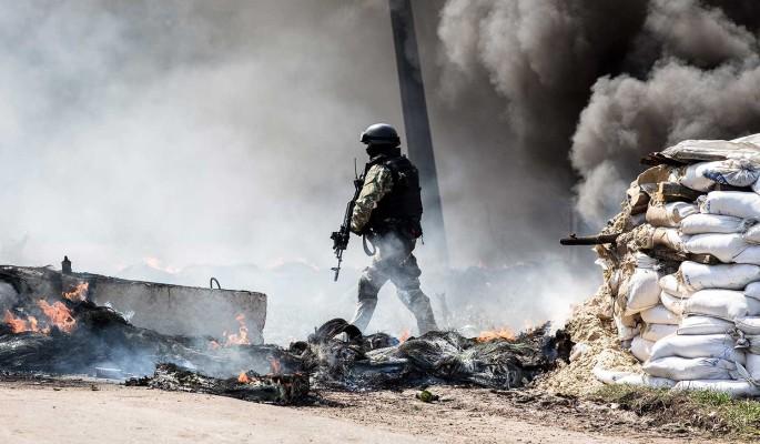 Политолог Головачев: Война в Донбассе может быть объявлена в любой момент
