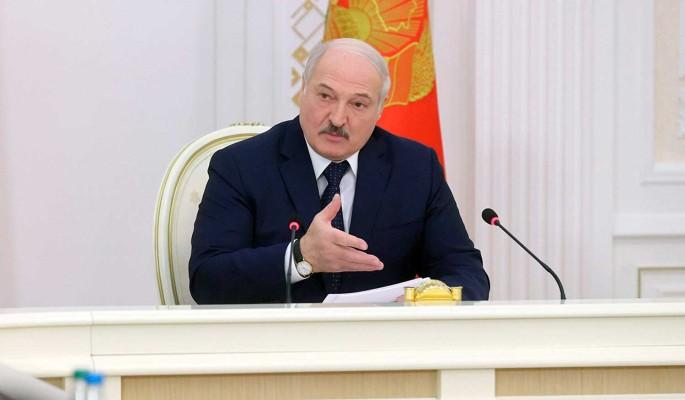 Политолог Болкунец: Запугивания белорусов не спасут Лукашенко от ухода с большим позором