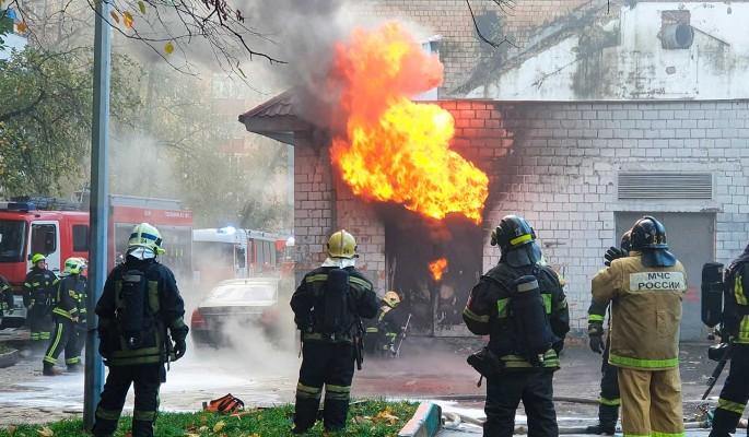 В Марушкинском построили пожарное депо с тренировочным оборудованием и скалодромом