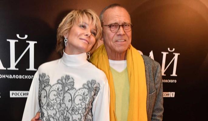 Высоцкая заинтриговала словами о развлечениях в постели с 83-летним мужем