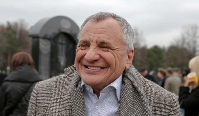 Проклятый ковид: умер продюсер и режиссер Рудольф Фурманов
