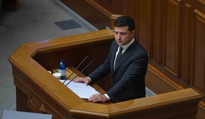 Зеленскому предрекли бегство в США от жаждущих мести украинцев