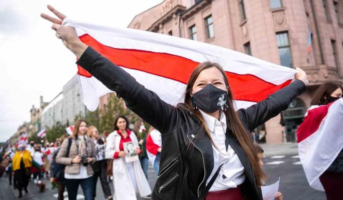 Экономист Романчук о ситуации в Белоруссии: Из-за режима люди бегут десятками тысяч