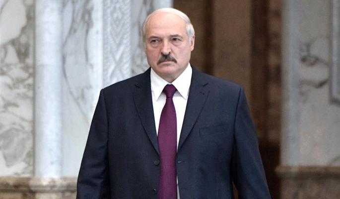 Лукашенко пригрозил Польше усилением конфронтации: Белоруссия даст за это по морде