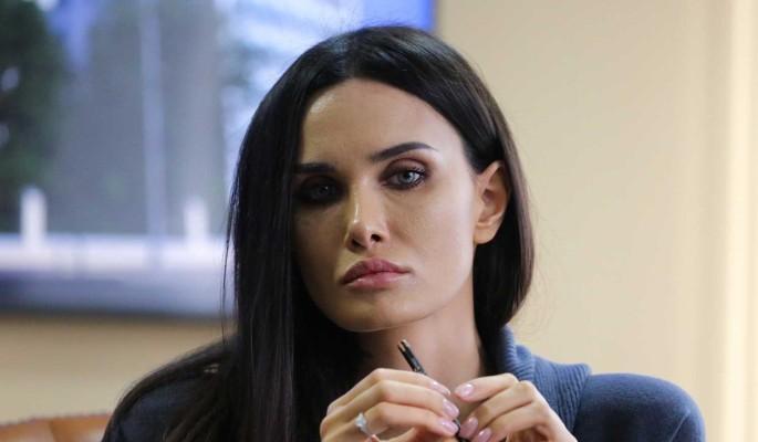 """""""У меня что-то екнуло"""": Мамаева рассекретила доложившего ей об измене мужа человека"""