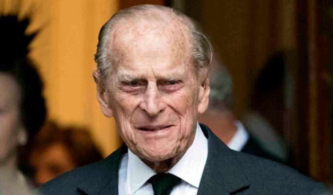 Труп еще не остыл: вскрылась интимная переписка принца Филиппа с леди Ди