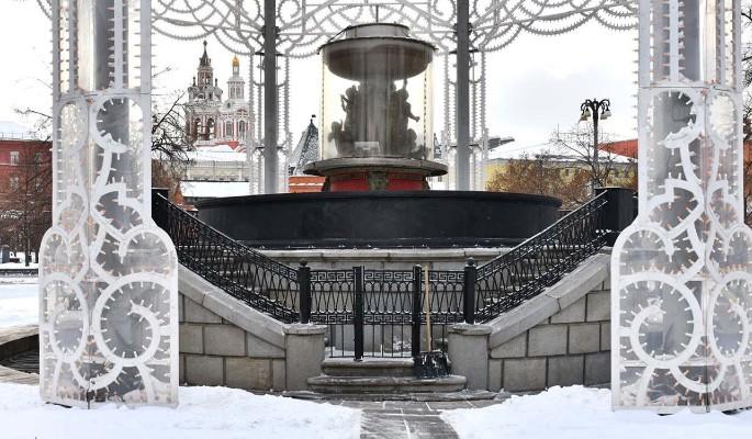 Петровский фонтан на Театральной площади будет отреставрирован
