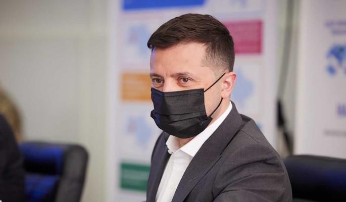 """На Украине заявили об """"интересных"""" документах о гражданстве Зеленского: Должен немедленно начаться импичмент"""