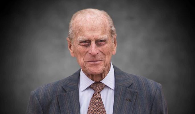 В интимной обстановке: дворец показал уникальный кадр покойного принца Филиппа
