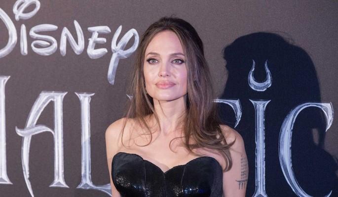 Анджелине Джоли пришлось вернуться к актерской карьере