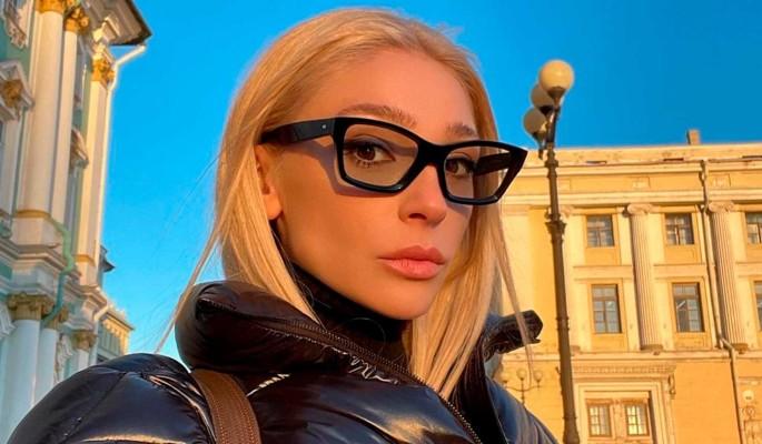 """""""Колхоз"""": затея Ивлеевой о выпуске собственной одежды с треском провалилась"""