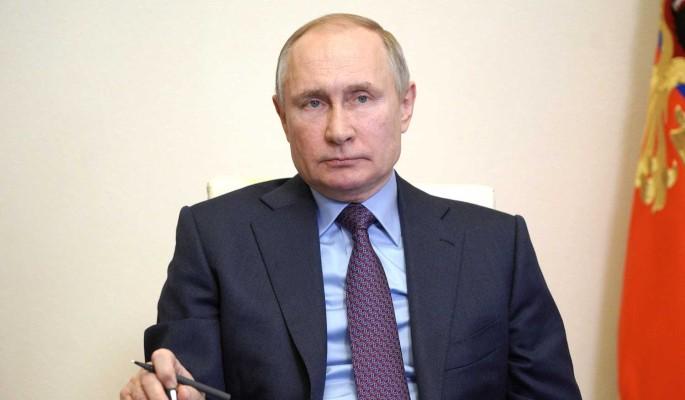 В Кремле рассказали о возможных темах переговоров Путина и Зеленского