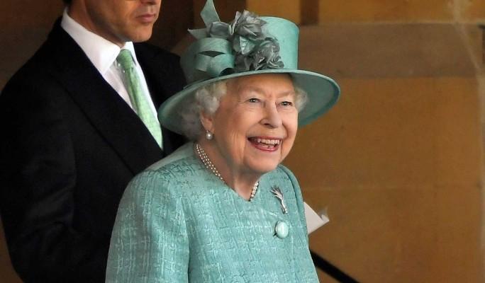 Елизавета II ответила на письмо юной россиянки