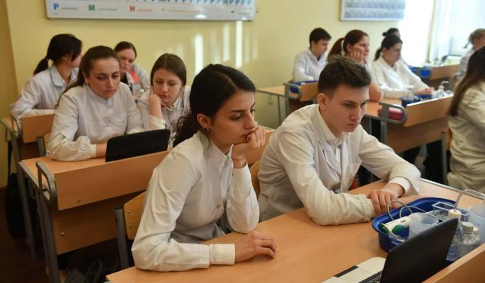 Москвичи получили около тысячи дипломов на Всероссийской олимпиаде школьников