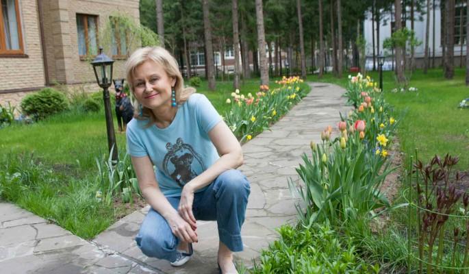 Опухоль Донцовой рассосалась после поездки в святое место