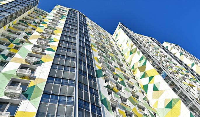 Реновация в Москве: жители еще четырех пятиэтажек получили новые квартиры