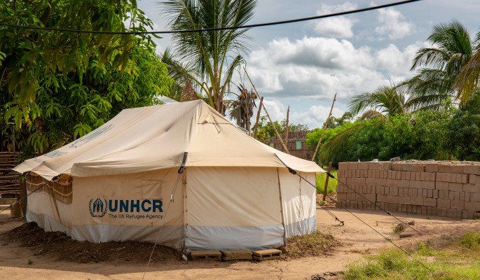 На севере Мозамбика 20 тысяч человек не могут вернуться домой из-за боевиков