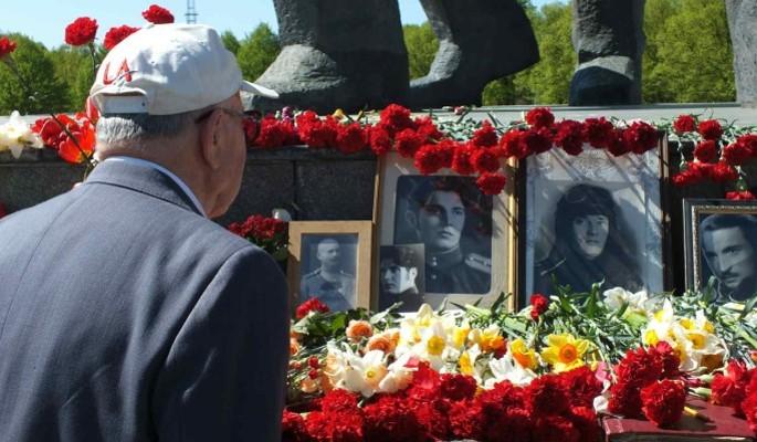 Волонтеры Победы помогли ветеранам посетить мероприятия 9 мая