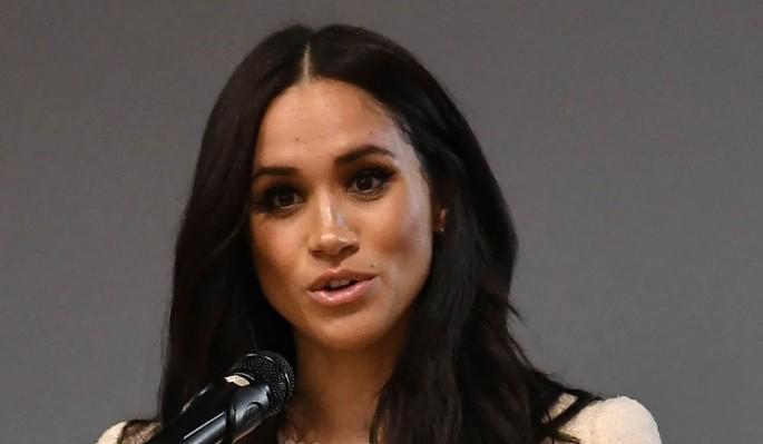 Меган Маркл заявила о нищете в платье за 200 тысяч