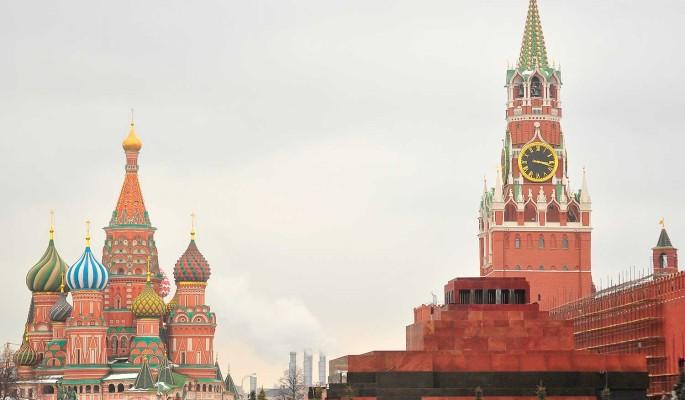 Оливер Стоун считает, что США и Запад ведут войну против России
