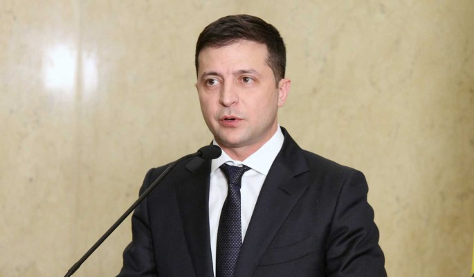 Зеленский обвинил Медведчука в нанесении разрушительного вреда безопасности Украины