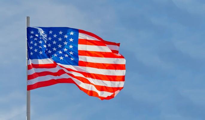 Историк Сол заявил о неспособности США конкурировать с Россией и Китаем