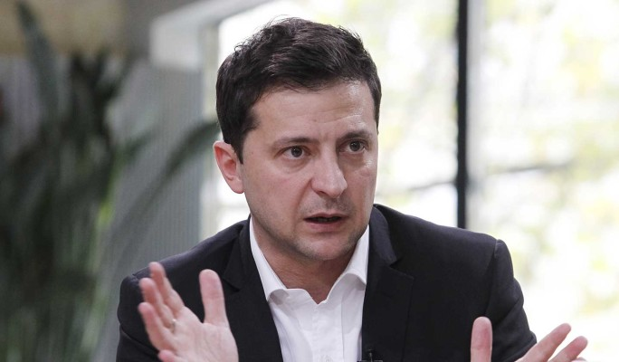 Зеленский под копирку повторяет ошибки Януковича – политолог Корнилов