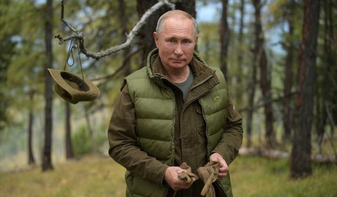 Песков сообщил об отказе Путина уходить в отпуск летом