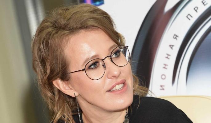 Собчак приложила Борисову за наплевательское отношение к дочери: Ну и собаку угостили