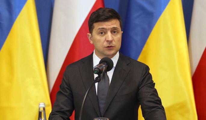 Зеленский намерен позвать США на переговоры по Донбассу