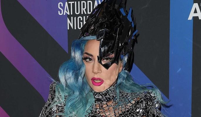 """""""Меня рвало и тошнило неделями"""": Леди Гага забеременела от насильника"""