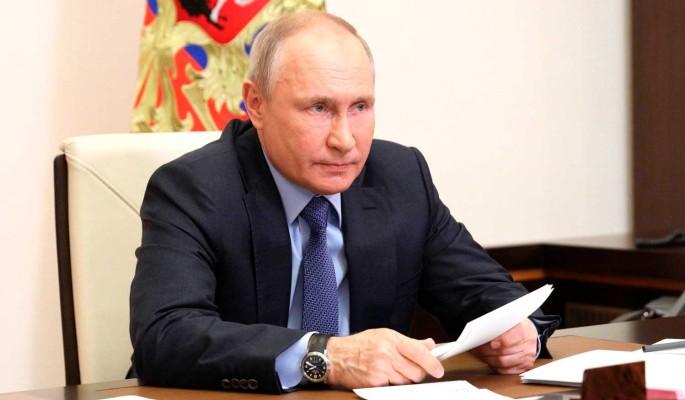 Историк Васильев: слова Путина о подаренных странам землях России должны стать частью политики Кремля