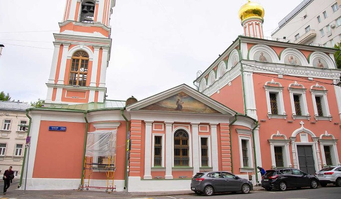 Церковь Воскресения Словущего на Успенском Вражке отреставрируют до конца 2022 года
