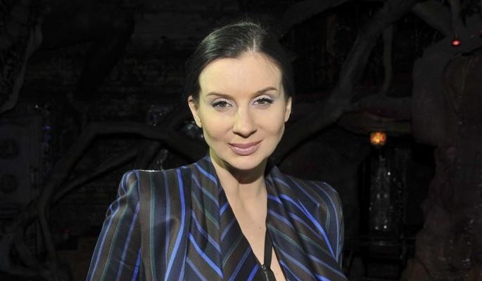 """""""Одно лицо"""": многодетная Стриженова впервые показала третью дочь"""