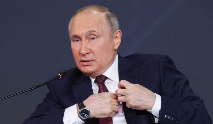 Путин обвинил США в попытках сдержать развитие России